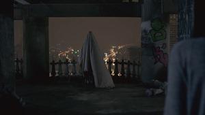 """เดียวดายกลางสายลม (Cover Version) เพลงประกอบภาพยนตร์ """"เพื่อน..ที่ระลึก"""" - บี น้ำทิพย์【OFFICIAL MV】 - YouTube.MKV - 00048"""