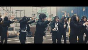 欅坂46 MECHAKARI CM 風に吹かれても篇 15秒 30秒ver 平手友梨奈 眼鏡スーツ姿でダンス Keyakizaka46 - YouTube.MKV - 00024