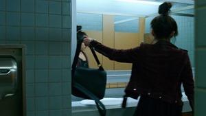 Marvels.Runaways.S01E01.Reunion.1080p.Hulu.WEB-DL.AAC2.0.H.264-QOQ.mkv - 00014