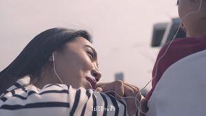 The Parkinson - เพื่อนรัก (Dear Friend) - (OFFICIAL MV) - YouTube.MKV - 00038
