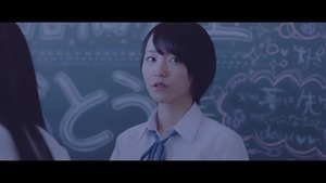 =LOVE(イコールラブ)_『手遅れcaution』【MV full】 - YouTube.MKV - 01;02;05.022