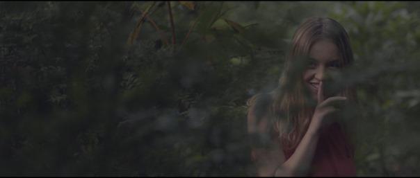 Clementine - HD-Trailers.net (HDTN).mov_snapshot_01.42_[2020.06.12_23.41.54]