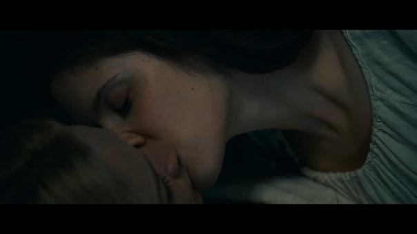 Benedetta (2021) - Trailer (French).mp4_snapshot_00.53.529