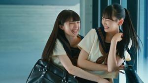 ≠ME (ノットイコールミー)_ 1st Single『君はこの夏、恋をする』【MV full】.mkv_snapshot_00.55.740